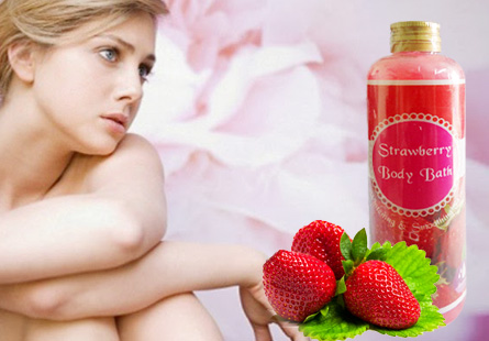 Tắm dưỡng Strawberry Body Bath
